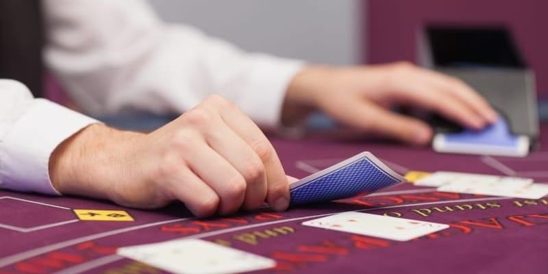 Schummeln Casinos beim Black Jack?