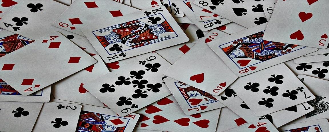 ポーカーはゲームなのか、スポーツなのか